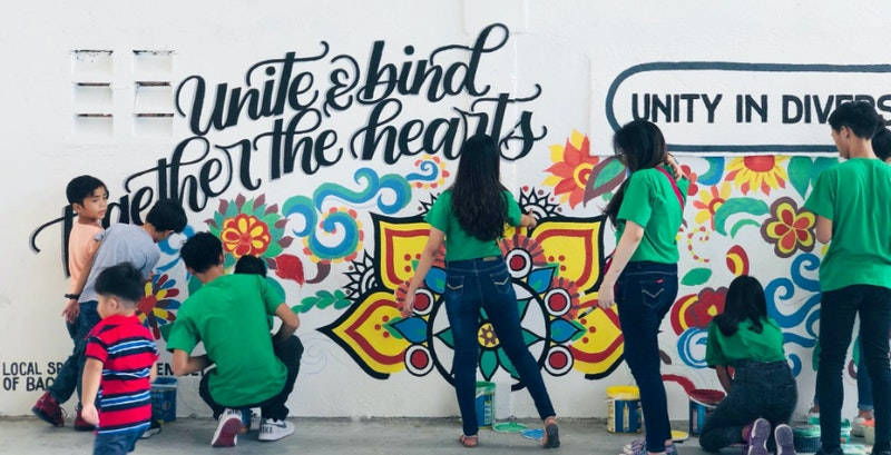 youth is making a grafitti