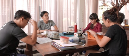 Un nouveau film réalisé à Singapour explore les concepts liés au service et à la foi